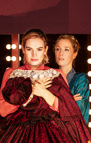 Gillian Anderson and Lily James in All About Eve - Credit Jan Versweyveld
