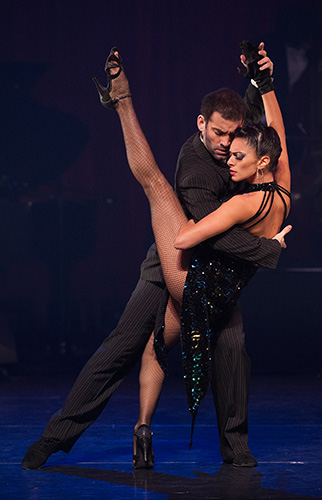 German Cornejo and Gisela Galeassi in Tango Fire - Credit Oliver Neubert