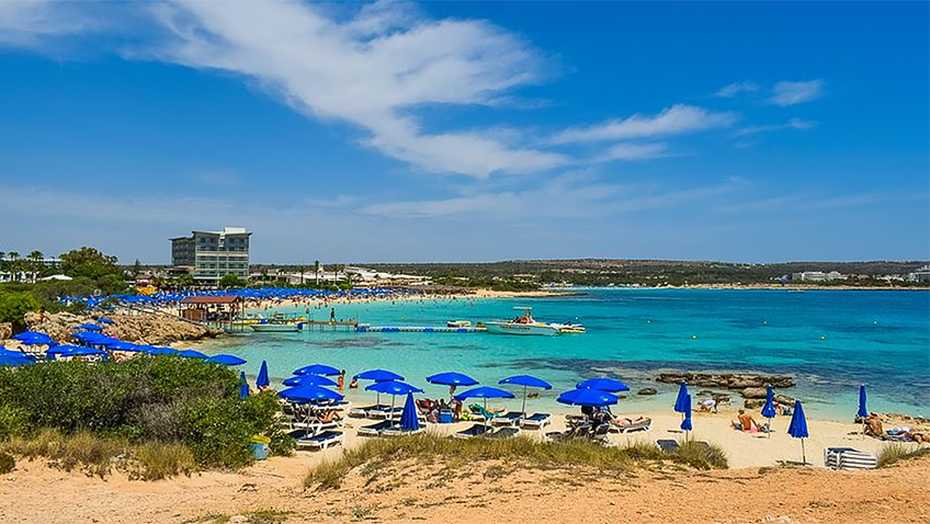 5 different experiences that the island of Cyprus can offer