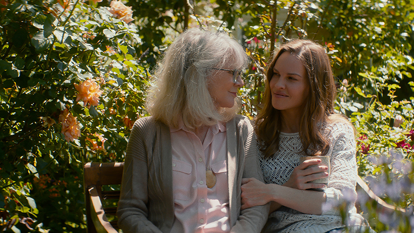 Blythe Danner and Hilary Swank in What They Had