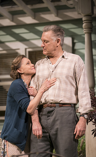 Sally Field and Bill Pullman in All My Sons - Credit Johan Persson