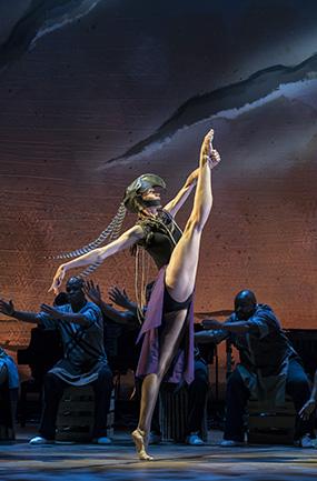 Ashleigh Wilson in Inala, A Zulu Ballet - Credit Johan Persson