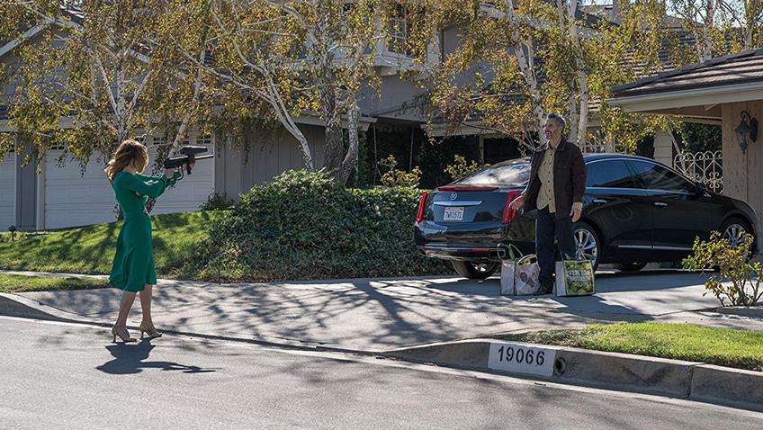 Julianne Moore and John Turturro in Gloria Bell - Credit IMDB