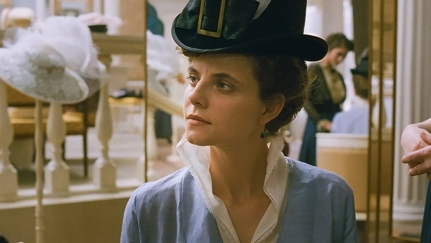 Juli Jakab in Sunset - Credit IMDB