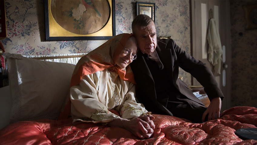 Sparks fly between Vanessa Redgrave and Timothy Spall, but this LS Lowry biopic  never ignites