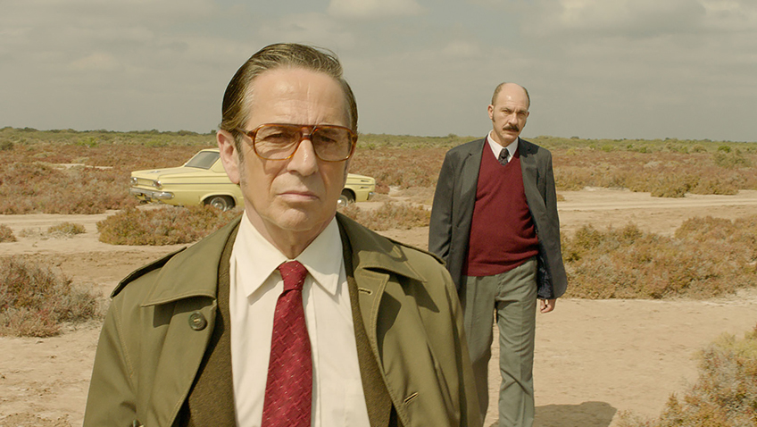 Darío Grandinetti and Alfredo Castro in Rojo - Credit IMDB