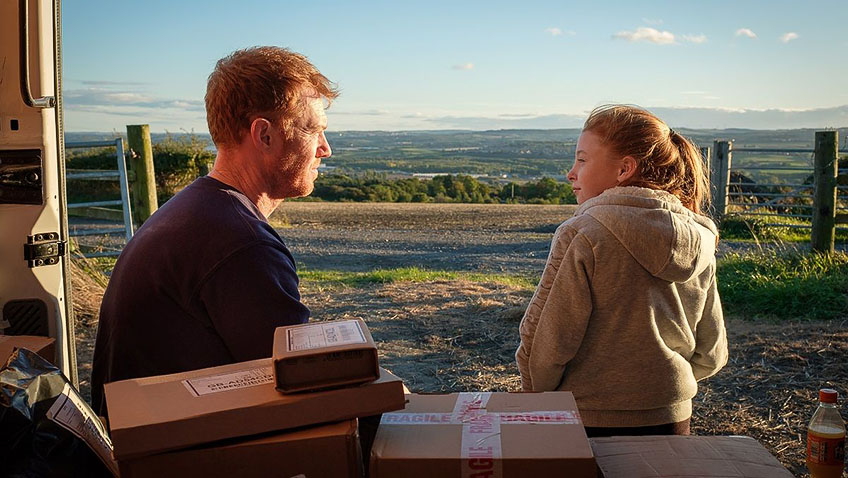 Katie Proctor and Kris Hitchen in Sorry We Missed You - Credit IMDB