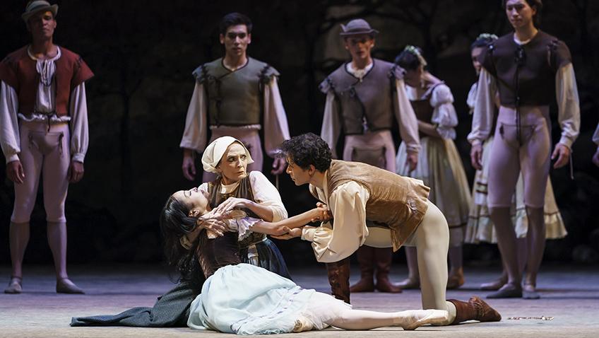 Birmingham Royal Ballet's traditional Giselle delights