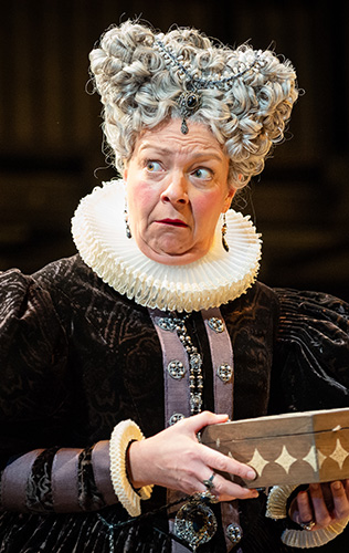 Sophie Stanton in The Taming of the Shrew - Credit Ikin Yum