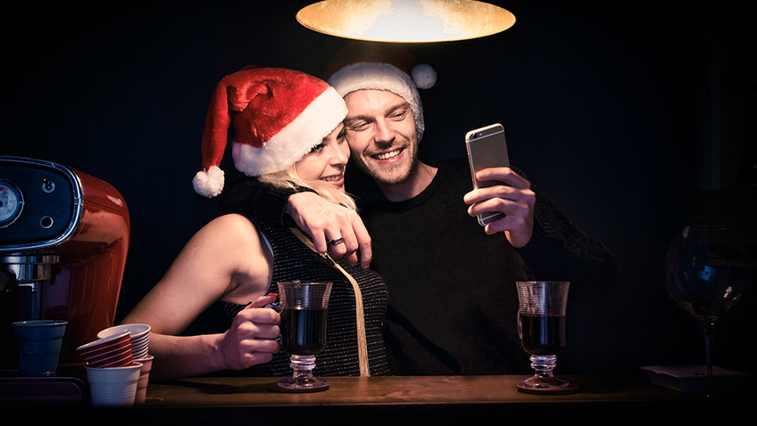 Couple selfie - Free for commercial use No attribution required - Credit Pixabay