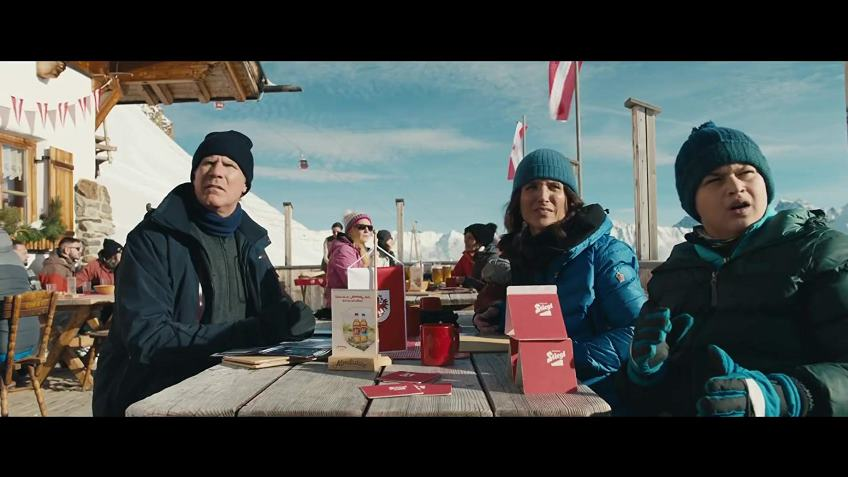 Louis-Dreyfuss excels in this overstated, though entertaining remake of the brilliant Force Majeure.