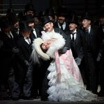 Robert Tanitch reviews The Metropolitan New York's Manon on line